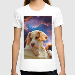 beagle puppy on the wall looking at the universe T-shirt