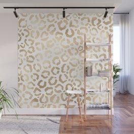 Elegant Gold White Leopard Cheetah Animal Print Wall Mural
