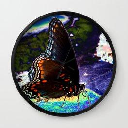 Gona-Fly Wall Clock