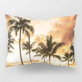 Typical Picturesque Waikiki Beach Sunset Pillow Sham