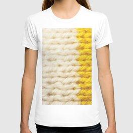 White Yellow Wool Knitting Texture T-shirt