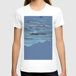 Moon over blue mountains T-shirt