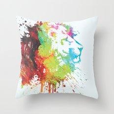 león Throw Pillow