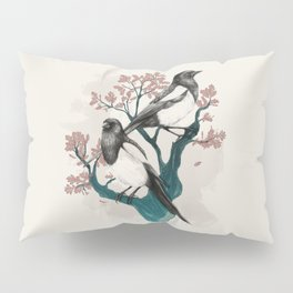 Magpies on Oak Pillow Sham