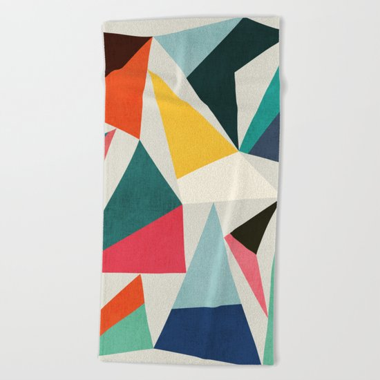 Collection of pointy summit Beach Towel