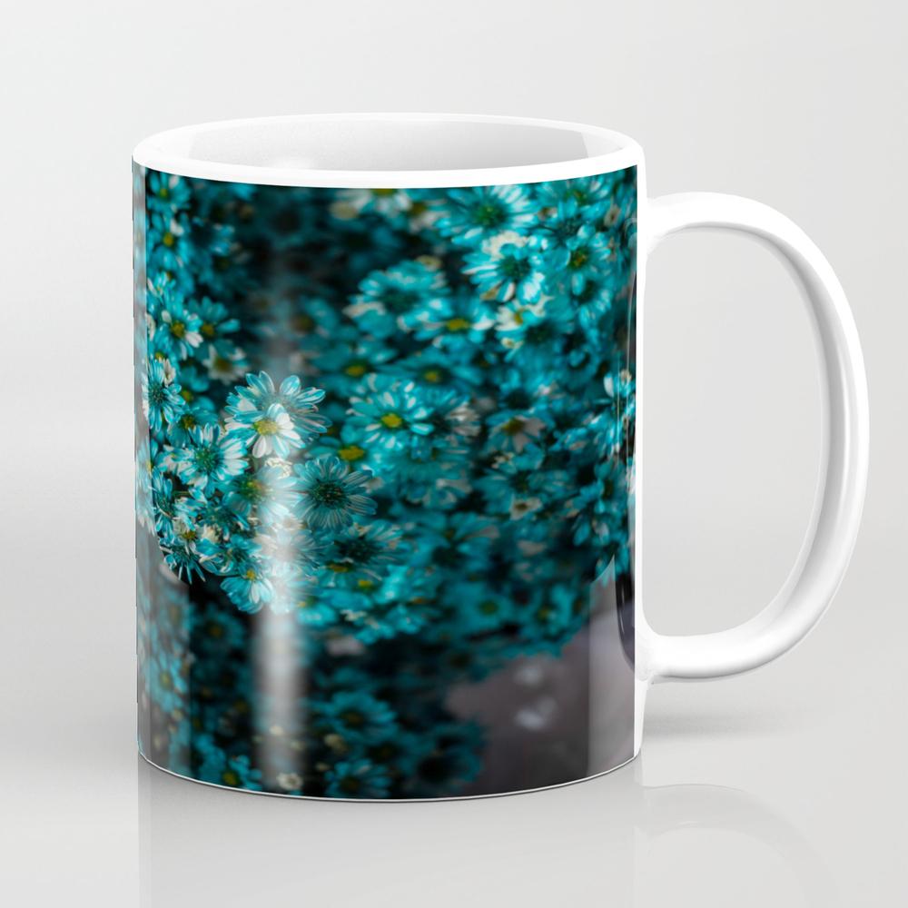 Blue Daisies Tea Cup by Rueying MUG8894102