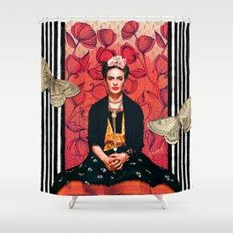 Frida enamorada Shower Curtain