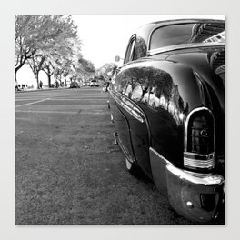 CLASSIC REFLECTIONS Canvas Print
