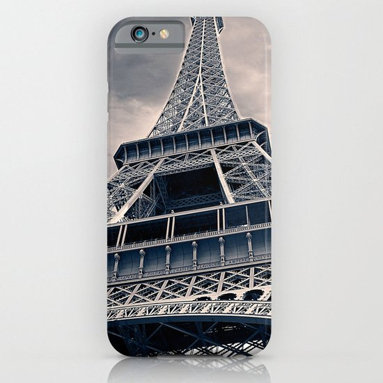 Towering Eiffel Tower iPhone & iPod Case