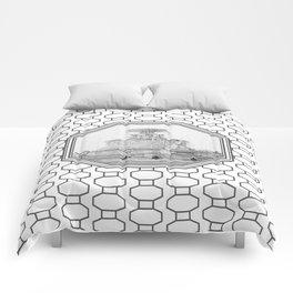 Scott Fountain_Belle Isle_Detroit, Michigan Comforters