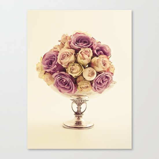 Bowl of roses Canvas Print