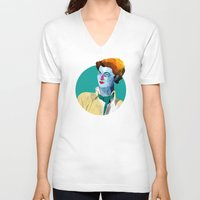 wasted rita V-neck T-shirts featuring Rita by Alvaro Tapia Hidalgo