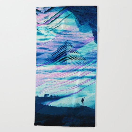 Pyramid Isolation Beach Towel