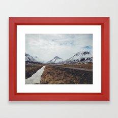 ísland Framed Art Print