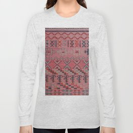 V21 New Traditional Moroccan Design Carpet Mock up. Long Sleeve T-shirt