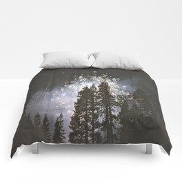 Fireworks In the night sky Comforters
