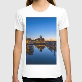 Smithfield Station at Twilight T-shirt