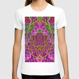 Star of freedom ornate rainfall in the tropical rainforest T-shirt