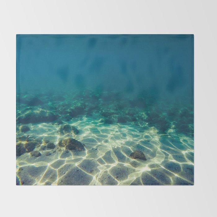 Underwater scene Throw Blanket