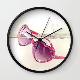 La vida en rosa Wall Clock