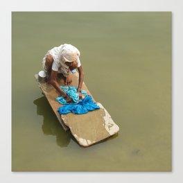 Hindu washing clothes Canvas Print