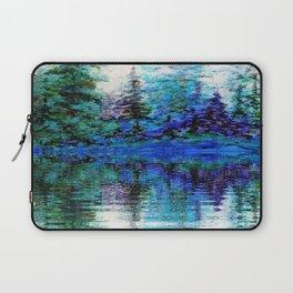 SCENIC BLUE MOUNTAIN PINES LAKE REFLECTION Laptop Sleeve