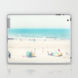 beach - happy life Laptop & iPad Skin