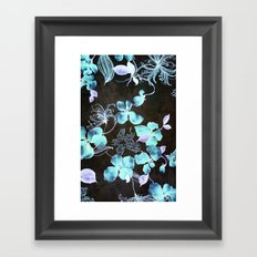 VINTAGE FLOWERS XXXV - for iphone Framed Art Print