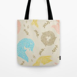 Wolf Toss (CMY) Tote Bag