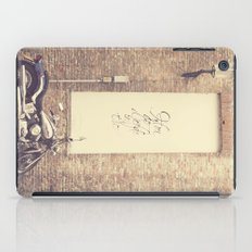 Keep the love alive iPad Case