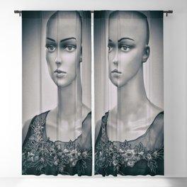 Mannequin 155e Blackout Curtain