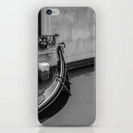 Gondola in Venezia iPhone Skin