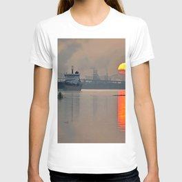 International sunset T-shirt