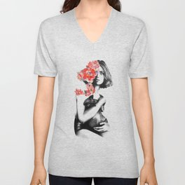Natalia Vodianova // Fashion Illustration Unisex V-Neck