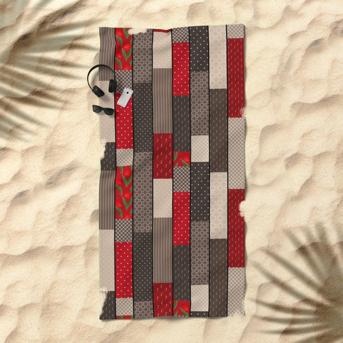 Country motifs . Classic quilting. Beach Towel