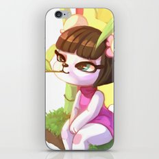 Pekoe chilling iPhone & iPod Skin