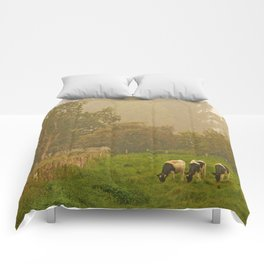 Three Cows by the old Tree Comforters