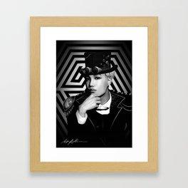 Overdose - 중독 Framed Art Print