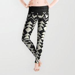 Sollia in Black and White Leggings
