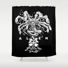 ALIEN: FACEHUGGER Shower Curtain