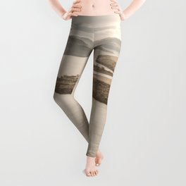 Columbia River Road Trip - Adventure Travel Photography Leggings