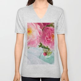 Vibrant Bouquet with filters Unisex V-Neck