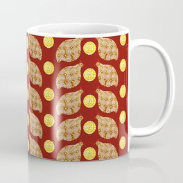 Glod guinea fowl pattern on brown Coffee Mug