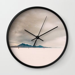 A walk to emptiness Wall Clock