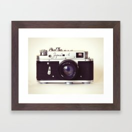 Zorki vintage camera Framed Art Print