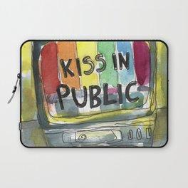 kiss in public Laptop Sleeve