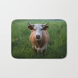 COW - FIELD - GREEN - VALLEY - NATURE - PHOTOGRAPHY - LANDSCAPE Bath Mat