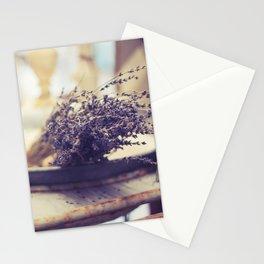 l a v a n d e . 2 Stationery Cards