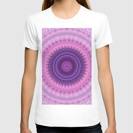 Mandala magenta coral T-shirt