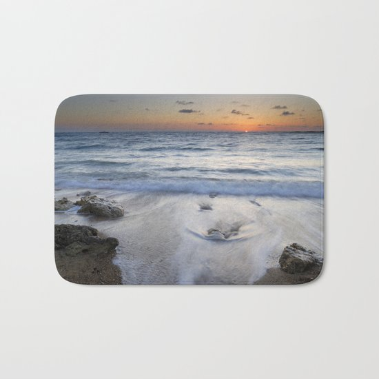 Atlantic Ocean. Bath Mat
